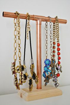 DIY Jewelry Holder for 10 httpwwwhammerandheelsblogcomdiy