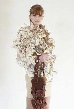 e. Robbins: EUNSUK HUR: modular clothing #fashion #eunsukhur #lasercut #felt