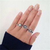 Shark Jewelry, Sea Turtle Jewelry, Bee Jewelry, Ocean Jewelry, Animal Jewelry, Jewelry Quotes, Pandora Rings, Wedding Rings, Gold Wedding