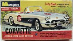 1/32 Monogram   1959/1960 Chevrolet Corvette - 49er Series