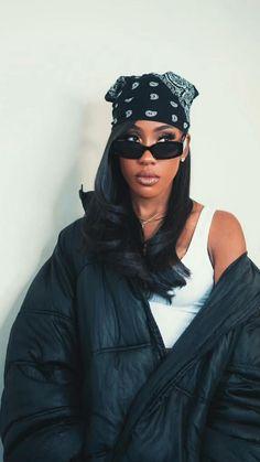 Aaliyah Outfits, Aaliyah Style, Aaliyah Costume, Black 90s Fashion, 2000s Fashion, Winter Looks, Black Girl Halloween Costume, 90s Inspired Outfits, Looks Black