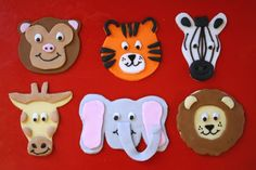 Tutorial: Easy animal cupcake toppers (with template) Zoo Cupcakes, Zoo Animal Cupcakes, Zoo Cake, Baby Shower Cupcakes, Fondant Elephant, Elephant Cupcakes, Cake Decorating Techniques, Cake Decorating Tutorials, Cupcake Decorating Party