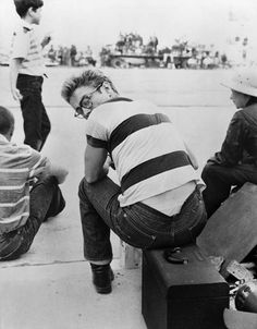 James Dean, T-shirt, Levis and Boots,1955