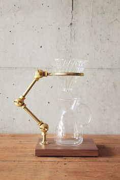 The Coffee Registry / Curator pour over stand