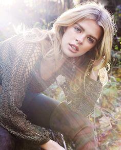 Happy Friday!!! #sarahlenoirphotography #photo #photographer #photography #blonde #blondes #blondebalayage #fall #autumn #outdoors #cold #fallfashion #winterfashion