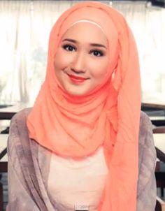 61 Dian Pelangi Ideas Hijab Fashion Muslimah Fashion Muslim Fashion