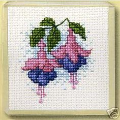 """Poppy Flower"" cross stitch pattern"