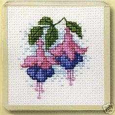"""Poppy Flower"" cross stitch pattern"