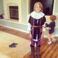Insta DIY Shakespeare Costume - Momfluential Media