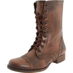 Steve Madden Women's Troopa Ankle Boot (63.080 CLP) ❤ liked on Polyvore featuring shoes, boots, ankle booties, ankle boots, chukka boots, platform bootie, high heel booties and lace up boots