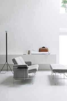 join the club to get minimalist essentials and lifestyle goods delivered to you quarterly @ minimalism.co #interiors