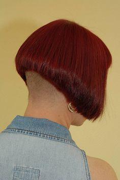 alternative haircuts Undercut Hairstyles Women, Stacked Bob Hairstyles, Short Bob Haircuts, Cool Hairstyles, Undercut Bob, Shaved Hair Cuts, Shaved Nape, Short Bob Styles, Short Bobs