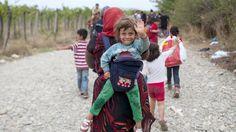 Nederland heeft in september vorig jaar(2015) toegezegd om een extra 7 duizend vluchtelingen op  te nemen