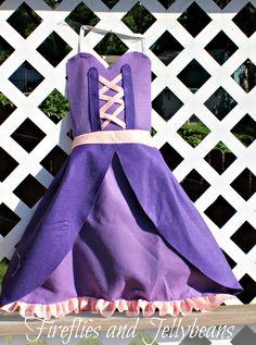 @Lisa Phillips-Barton Crowther @Sherri Levek Kuykendall Fireflies and Jellybeans: More Princess Aprons - Princess Dress-up Aprons