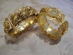 Filigree Jewelry, Jewelry Art, Gold Jewelry, Jewellery, Jewelry Center, Necklace Designs, Traditional Dresses, Bellisima, Wedding Gifts