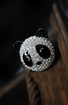 Fashion Sparkling Full Rhinestone Panda Rings