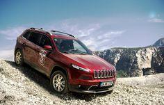 """Jeep, Ekim ayı kampanyası ile dikkatleri üzerine çekiyor. Marka, Renegade için """"Yarısı Şimdi Yarısı Seneye"""" kampanyası sunuyor."""