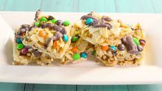 They're trashy in the best way possible. Just Desserts, Delicious Desserts, Dessert Recipes, Yummy Food, Dessert Bars, Healthy Food, Trash Treats Recipe, Fun Foods To Make, Rice Krispie Treats