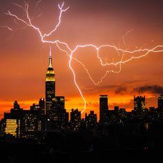 Lightning show of NYC skyline #thunderstorm