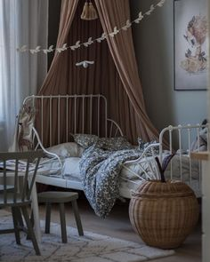 A Fun Way to Keep the Children's Room Tidy – Apple and Pear Braided Basket Kids Design by Ferm Living