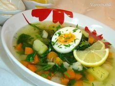Špenátová polievka so zeleninou (fotorecept) - recept | Varecha.sk Caprese Salad, Thai Red Curry, Soup, Ethnic Recipes, Soups, Insalata Caprese