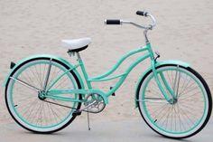 Beach cruiser I love cruisers Beach Cruiser Bikes, Cruiser Bicycle, Azul Tiffany, Tiffany Blue, Cycle Chic, Vintage Bicycles, Tahiti, My Favorite Color, Swagg