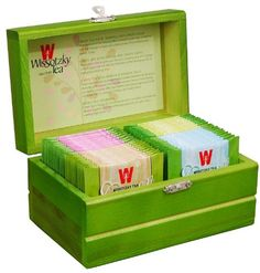 WISSOTZKY Mini Green Tea Chest (4 Fla… Passion Fruit Tea, Lemongrass Tea, Wooden Chest, Tea Gifts, Lemon Grass, Drinking Tea, Gourmet Recipes, Toy Chest, Tea Flavors
