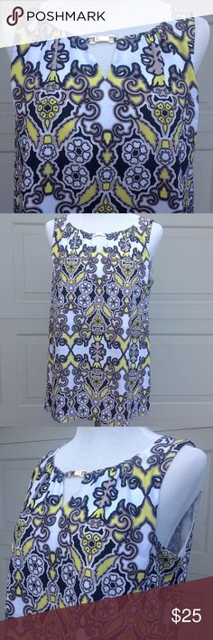 """Dana Buchman Black, White, Tan & Yellow Top - M Black, white, tan and yellow print, goldtone bar accent at neckline, sleeveless, partially lined, half zip, hook and eye. Measurements are approximate Bust 19"""" Length 26"""" 100% Polyester Dana Buchman Tops Blouses"""