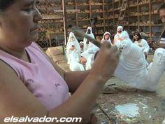 Los tradicionales nacimientos de barro (Natalia Gormley)