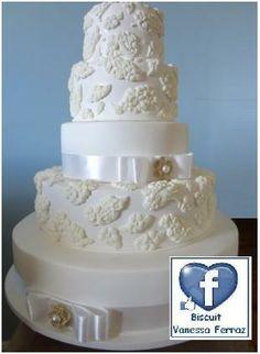 Bolo de casamento - erechim www.facebook.com/biscuitvanessaferraz