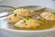 Polenta-Nockerln – Rezept These hearty polenta dumplings with bacon are a delicious soup topping. Healthy Recipes For Diabetics, Healthy Gluten Free Recipes, Healthy Pasta Recipes, Healthy Meals For Two, Healthy Breakfast Recipes, Healthy Summer Recipes, Crockpot Recipes, Fish Recipes, Healthy Lunches