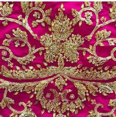 Zardosi Embroidery, Hand Work Embroidery, Embroidery Suits Design, Types Of Embroidery, Gold Embroidery, Hand Embroidery Designs, Embroidery Stitches, Embroidery Patterns, Indian Wedding Jewelry