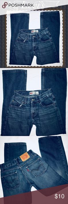 Levi's 514 Slim Straight Sz12 Reg Jeans #227 -EUC Levi's 514 jeans in EUC. No stains or signs of overwear. They are in great shape and barely worn at all.   ⭐️⭐️⭐️SIZING:  26 inseam / 26 waist Levi's Bottoms Jeans