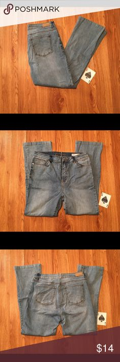 Buffalo David Bitton Isis Flare High Rise Jeans126 Buffalo David Bitton Isis Flare High Rise Jeans In Good Used Condition With No Tears Or Stains. Buffalo David Bitton Jeans Flare & Wide Leg