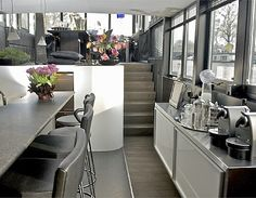 Exklusives Hausboot mit wunderbarer Aussicht im Zentrum von Amsterdam. Platz für bis zu 2 Personen. Objekt-Nr. 826719