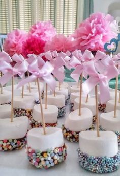 Trendy baby shower food for boy cupcakes pink food cupcakes babyshower baby 566186984405712884 Comida Baby Shower, Baby Shower Appetizers, Baby Shower Food For Girl, Baby Shower Snacks, Baby Shower Desserts, Unicorn Baby Shower, Girl Shower, Baby Shower Buffet, Girly Baby Shower Themes