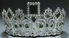 Empress Josephine's Emerald and Diamond Tiara. Geometric emeralds in a neo-classical diamond design, mounted on a frame of gold and silver. Originally made for Empress Josephine by Bapst. The tiara has become a favorite tiara of Queen Sonja of Norway. Royal Crown Jewels, Royal Crowns, Royal Tiaras, Royal Jewelry, Tiaras And Crowns, Jewellery, Diamond Tiara, Emerald Diamond, Emerald City