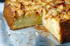 Fresh apple cake with yogurt and lemon - Lovemyfood. Fresh Apple Cake, Apple Pie, Citroen Cake, South African Desserts, Sweet Bar, Party Finger Foods, Dutch Recipes, Food Cakes, Cupcake Cookies