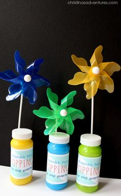Bubbles   Pinwheels for party favors