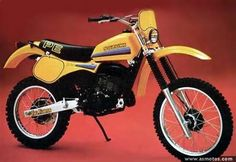 My second bike. 1982 Suzuki PE I didn't eat lunch at school, pocketed my lunch money and literally paid for this with dollar bills and change. Enduro Vintage, Vintage Motocross, Vintage Bikes, Moto Enduro, Enduro Motorcycle, Scrambler, Suzuki Bikes, Moto Suzuki, Old Bikes