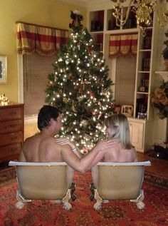 Extremely awkward Holiday Cards  So funny