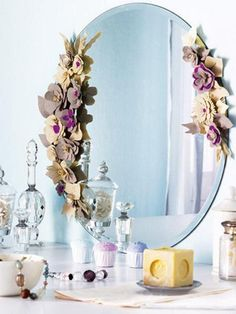 33 Reuse and Recycle Ideas for Green Home Decorating and Smart Decluttering & DIY and Crafty / How to Decorate a Mirror with Flowers on imgfave ...