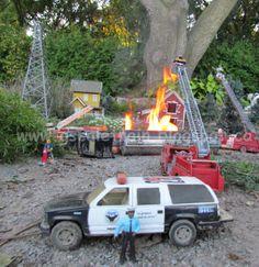 http://www.gscaletrain.blogspot.ca/2012/08/tanker-truck-fire-in-g-scale-land-08-19.html     Fire in G-Scale Train Land