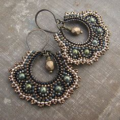 Brickstitch earrings by Sylvia Irish Windhurst on ‎Seed Bead Art and Jewellery