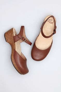 Dansko clogs I love Danskos! This is one of my favorite styles.