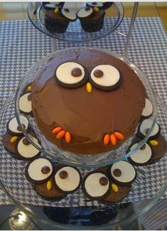 You are going to love this Easy Chocolate Owl Cake Post that is filled with a number of cute ideas that you will love. Watch the video too.