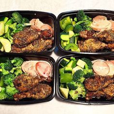 Herb-Crusted Chicken With Steamed Veggies
