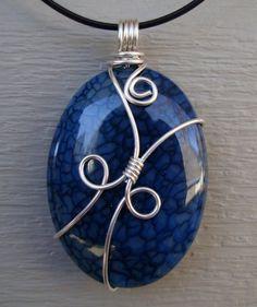 Handmade by Wendy lady - Storm Lake, Iowa. Wire Jewelry Rings, Wire Jewelry Designs, Handmade Wire Jewelry, Diy Crafts Jewelry, Jewelry Patterns, Copper Jewelry, Stone Jewelry, Jewellery, Wire Wrapped Pendant