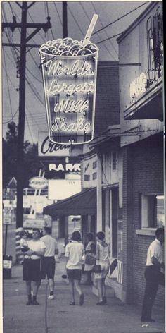 "Cream Top Dairy ""World's Largest Milk Shake"" Bardstown Road at Trevillian Way, Louisville, Ky. 1950's"