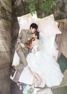 Pre Wedding Poses, Pre Wedding Photoshoot, Wedding Shoot, Wedding Couples, Korean Wedding Photography, Wedding Couple Poses Photography, Prenup Photos Ideas, Korean Couple Photoshoot, Mode Adidas